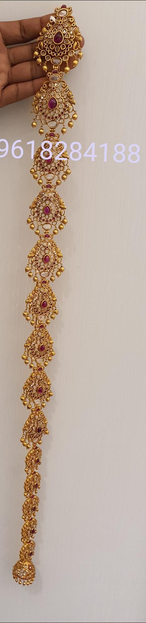 Beautiful one gram gold jada.